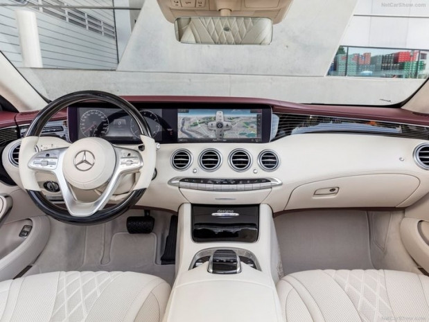 2018 Mercedes-Benz S-Class Cabriolet - Page 3