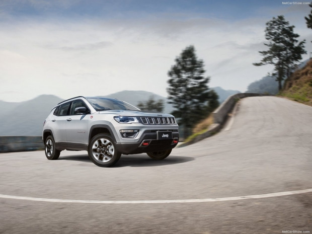 Jeep Compass 2017 - Page 3