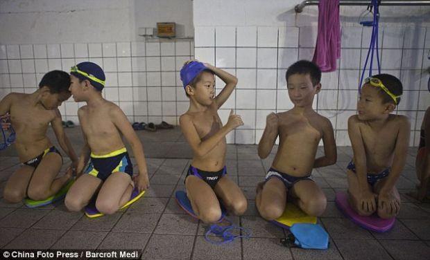 Sosyal medyayı sallayan Çin eğitim sistemi - Page 4