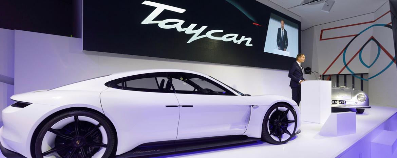 Porsche'tan Tesla'ya yanıt: Taycan