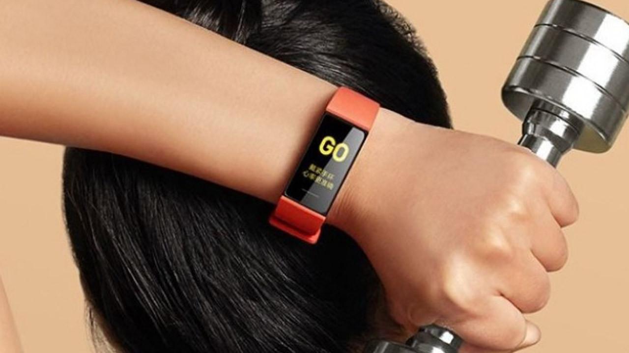 Xiaomi Mi Smart Band 4C satışa çıkıyor ! Sudan ucuz akıllı bileklik !