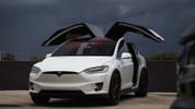 Elon Musk'a göre Model 3 robotlar yüzünden gecikti