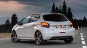 Yeni Peugeot 208 eğlenceli bir video ile tanıtıldı!