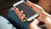 Yeni iPhone hızlı şarj olacak!