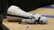 Cem Kıvırcık yazdı: Yere düşmekle robot…