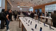 Huawei'nin ilk deneyim mağazasını gezdik (video)