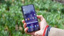 Samsung ön kameralara veda ediyor!