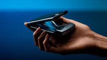 Efsane katlanarak döndü: Motorola Razr