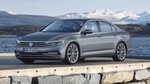 500.000 TL'lik 2020 Volkswagen Passat çarpışma testinde ikiye katlandı