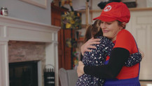 Meryem Uzerli kızı için Mario oldu!