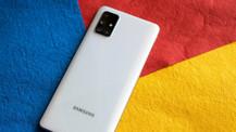 Bu Samsung telefon modellerinin hızına yetişilmiyor!