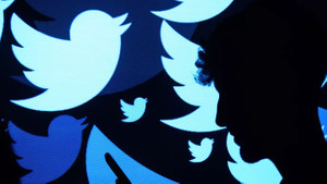 Twitter Suudi Arabistan yanlısı sahte hesapları kapattı