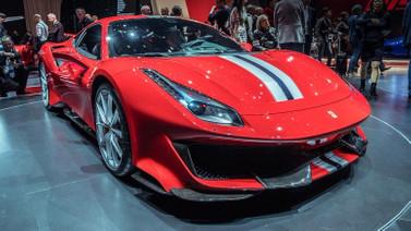 Kara roketi Ferrari 488 Pita tanıtıldı!