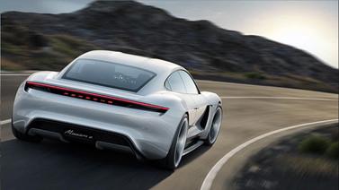 Porsche Taycan tanıtım videosu