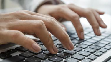 Porno yasağı Nepal'i vurdu!