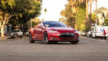 Tesla Model S'i saniyeler içerisinde çaldılar!