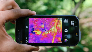 Dünyanın ilk termal kameralı telefonu ile tanışın!