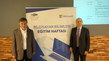 Microsoft ve Türkiye Bilişim Vakfı'ndan gençler için anlamlı adım