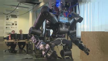 İnsan elini taklit eden robot geliştirildi!