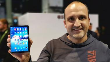 Katlanabilir ekranlı telefon FlexPai elimizde! (video)