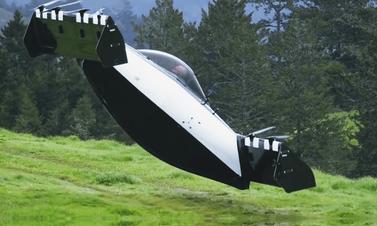 Yürüyen uçak değil ancak uçan araba artık var!