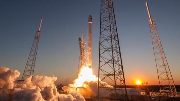 SpaceX'in amacını açıklamadığı Zuma uydusu fırlatıldı