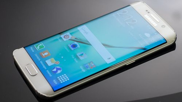 5.7-inç ekranlı Galaxy S6 Plus, Galaxy S6 Note olarak adlandırabilir