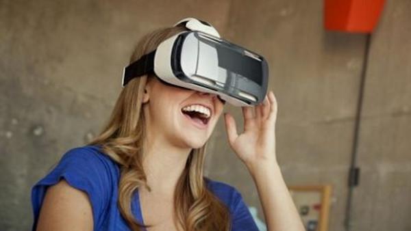 Galaxy S7 ve Galaxy S7 Edge alana Gear VR Bedava!