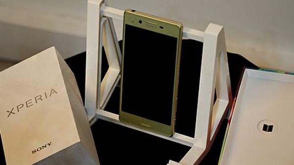 Sony Xperia X incelemesi (Video)