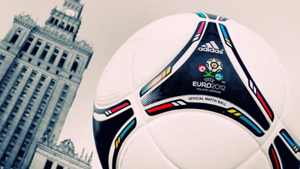 Euro 2012 keyfini mobil cihazlarınızda yaşayın!