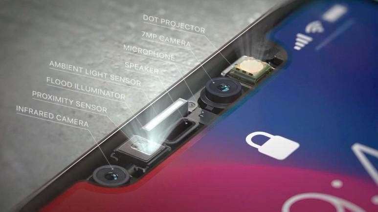 iPhone X'daki çentik Apple'a göre teknoloji harikası