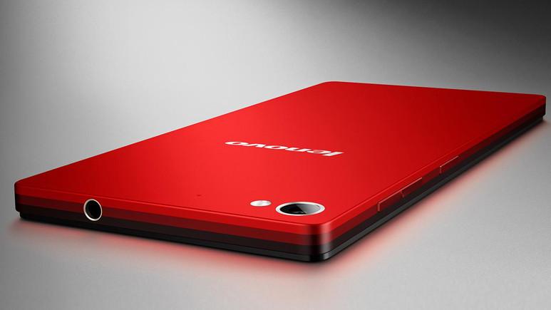 Tam ekranlı Lenovo K320t akıllı telefon artık resmi
