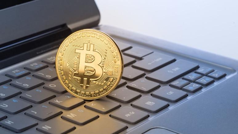 Çocuğunun adını Bitcoin koydu