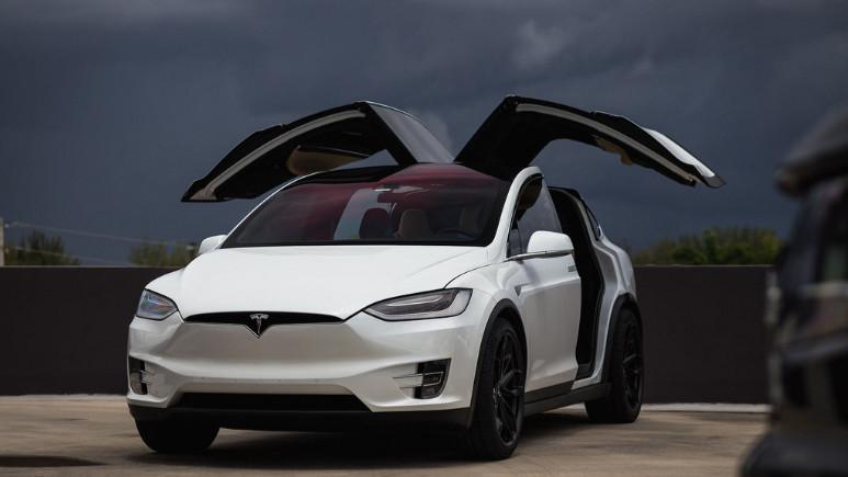 Tesla, Norveç'te en çok satış yapan marka oldu