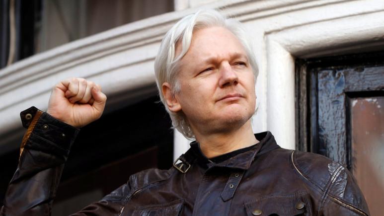 Julian Assange'ın Twitter hesabı gizemli bir şekilde silindi