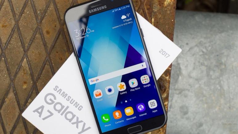 Galaxy A5 ve A7 (2017) için yeni güncelleme!