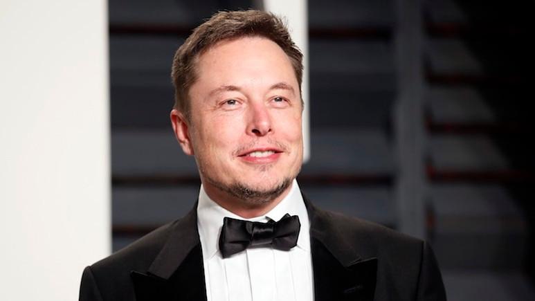 Elon Musk'ın  sattığı alev silahları şimdiden tükendi!