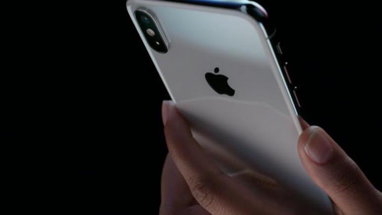Apple, Touch ID'nin fişini çekiyor!
