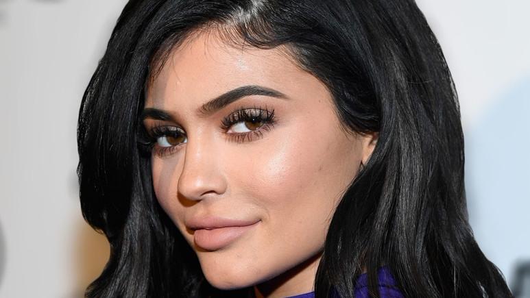 Kylie Jenner, tek tweetle Snapchat'i büyük zarara uğrattı!