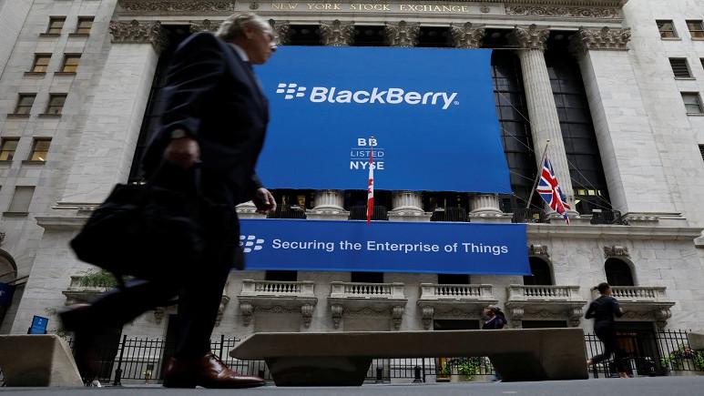 BlackBerry ve Facebook arasında mücadele başladı!