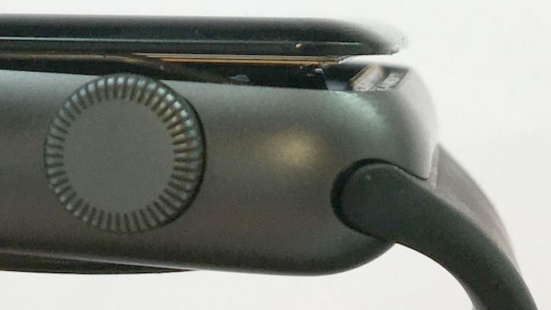 Apple Watch Series 2 ücretsiz tamir edilecek