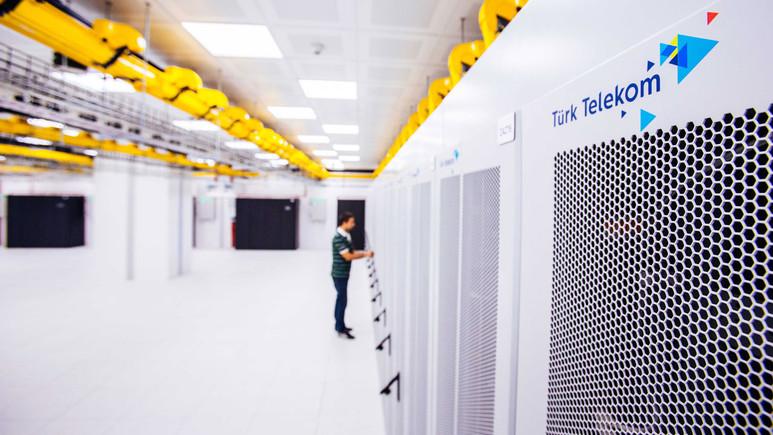 Türk Telekom, Türkiye'nin en büyük veri merkezini Esenyurt'ta açtı