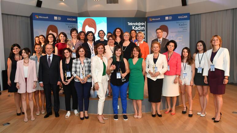 Teknolojinin Kadın Liderleri ödüllerini aldı