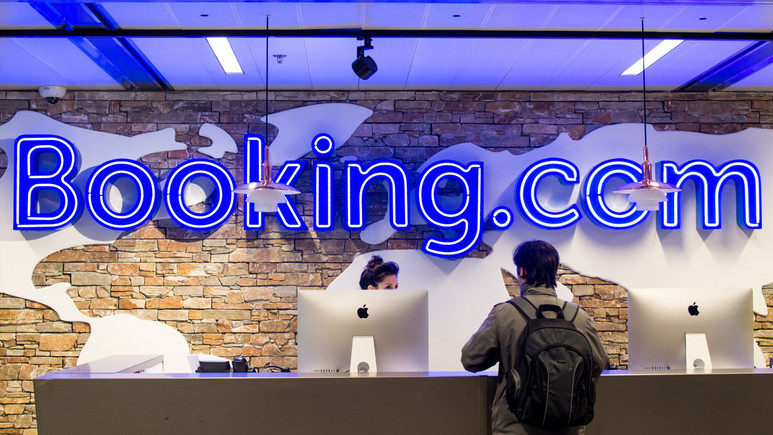 Booking'ten sonra benzer sitelere de engel gelebilir