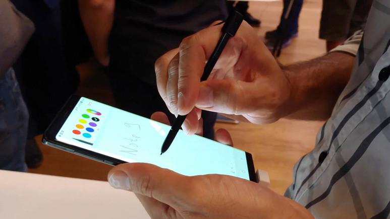 Samsung Galaxy Note 9 ön inceleme (Video)