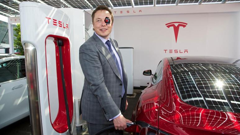 Elon Musk: Tesla borsadan çekilmeyecek!