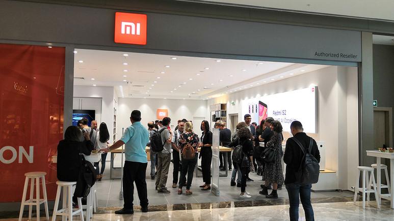 Türkiye'deki ilk resmi Xiaomi mağazasını gezdik!