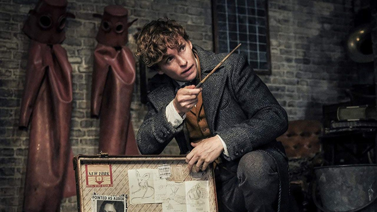 Fantastic Beasts: The Crimes of Grindelwald yeni fragman!