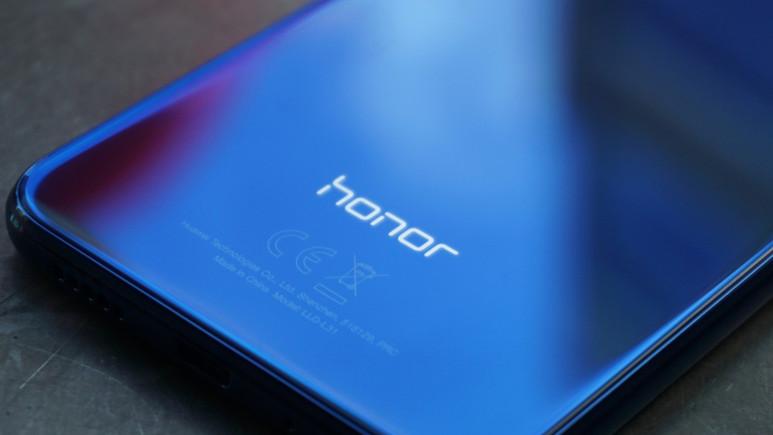 Honor 8C lansman öncesi sızdırıldı!