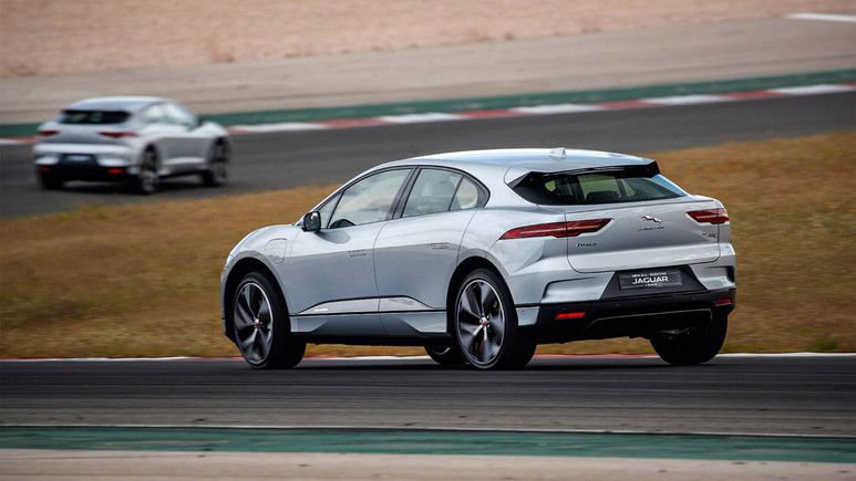 Jaguar I-PACE ödüllere doymuyor!